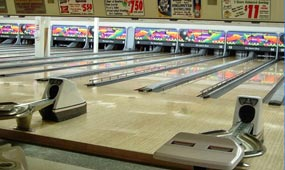 bowling-lanes-at-sports-page-bar-grill-medford-wi